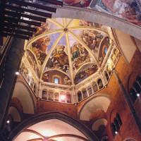 La splendida cupola affrescata dal Guercino e dal Morazzone