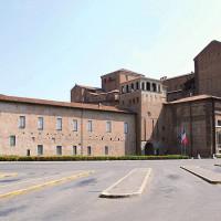 Il complesso architettonico Cittadella Viscontea Palazzo Farnese
