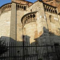Duomo di Piacenza, absidi da via Prevostura