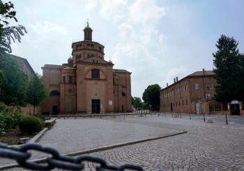 Piazzale delle Crociate