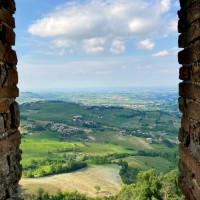 Le colline della Val Tidone viste dalla Rocca d'Olgisio - foto Federica Ferrari