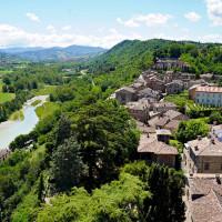 Vista delle colline della Val d'Arda dal borgo di Castell'Arquato